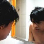 Prawidłowe oświetlenie lustra łazienkowego