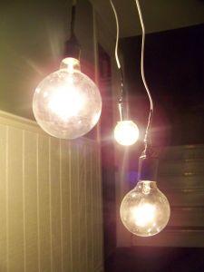 958831_bulbs