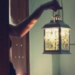 Oświetlamy dom świecami