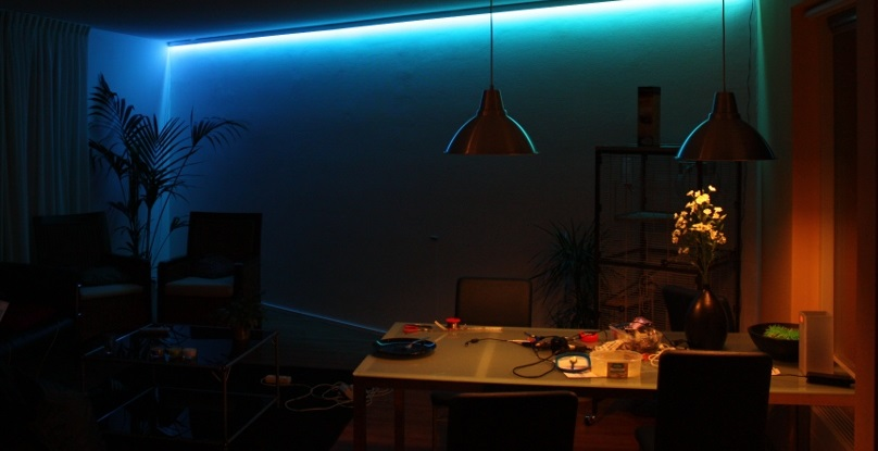 Efektowny LED w salonie